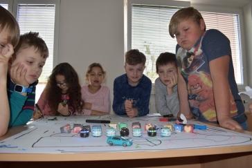 Robotické programovatelné hračky a programování